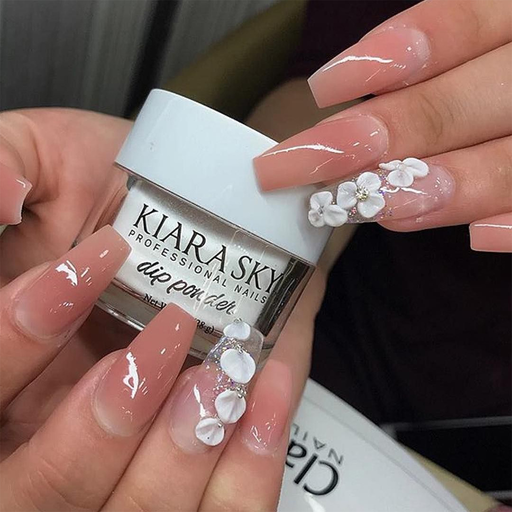 Everything You Need to Know Before Trying Dip Powder Nails