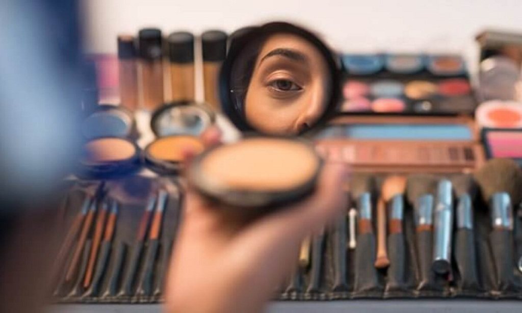 Makeup Tips with Acne Prone Skin Should Adopt